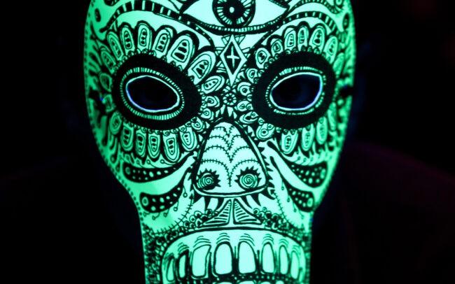 Masque pour la pièce